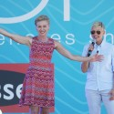 Ellen & Portia Have a Ball in Melbourne to a Much Bigger Crowd Than Sydney